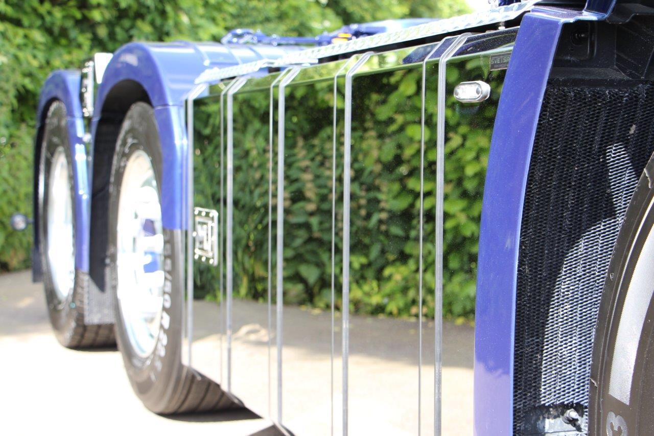 SVETSAB Komplett Plogbil Scania R 588 Tridem växlare 001