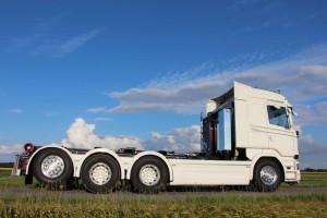 SVETSAB Komplett Plogbil Scania R 588 Tridem växlare Bild 004