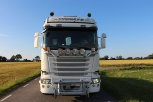 SVETSAB Komplett Plogbil Scania R 588 Tridem växlare Bild 002